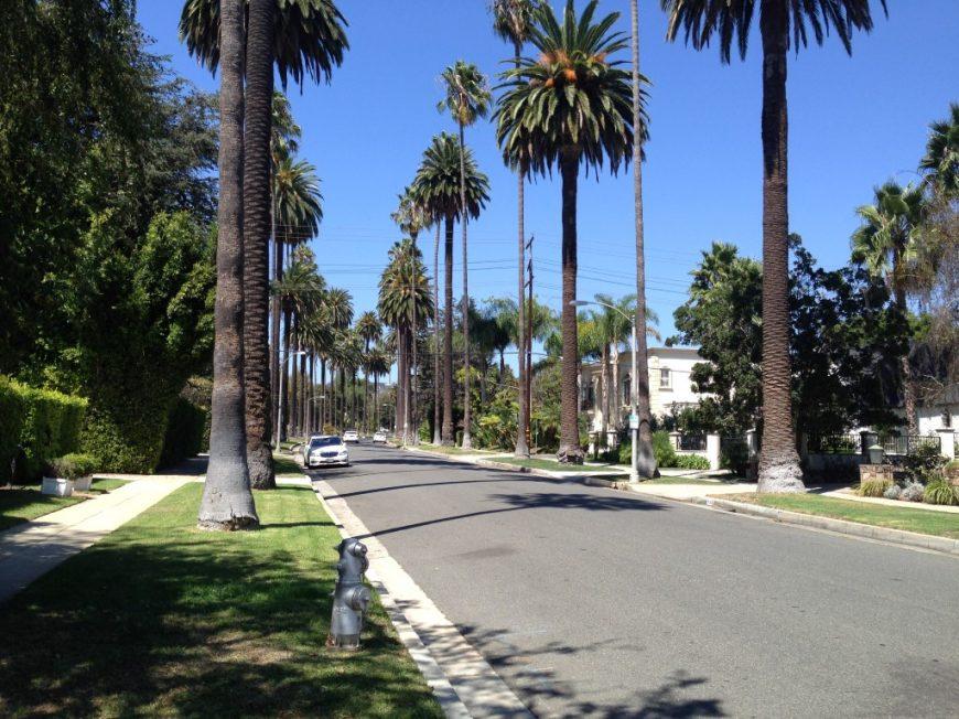 פונדקאות בלוס אנג
